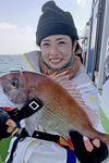 サンスポチーム、松本アナの不調を川目記者が600グラムのマダイでカバー