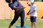 体重移動を覚え込ませるためのボール投げ