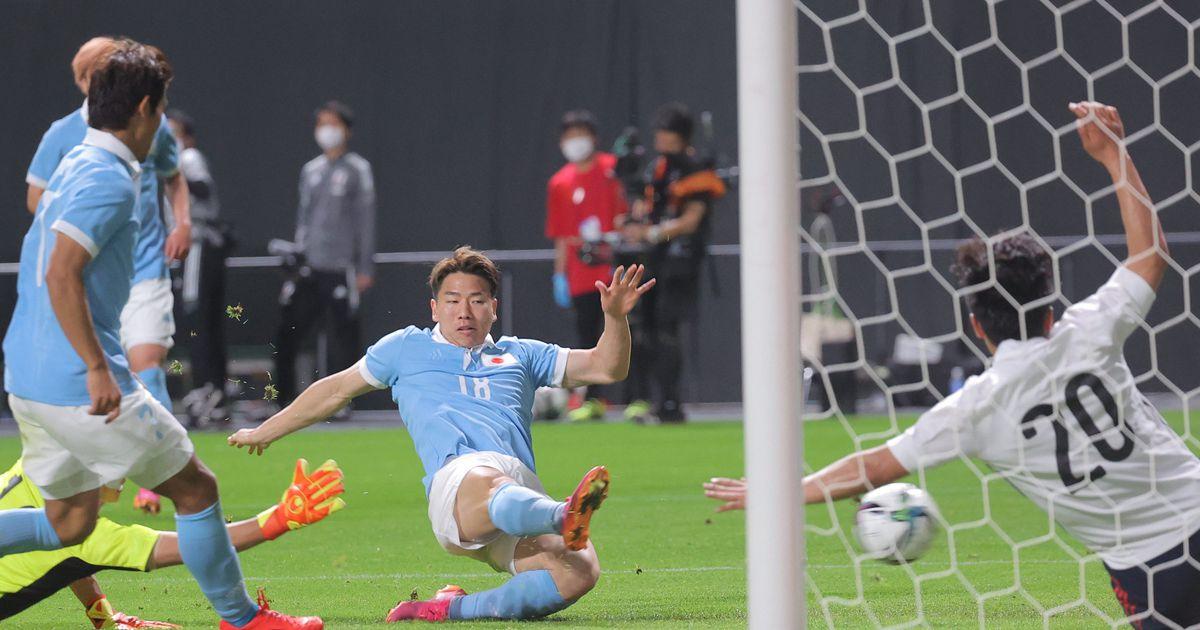 """日本代表が3-0で貫録勝ち U-24日本代表との""""兄弟対決""""で効果的にゴール奪う"""